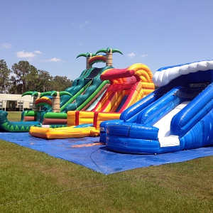 happy-kids-inflatables-1