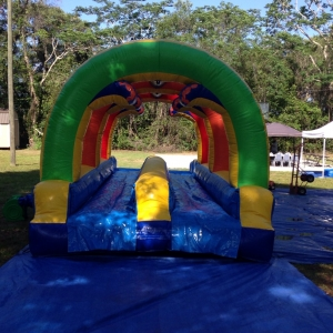 happy-kids-inflatables-10