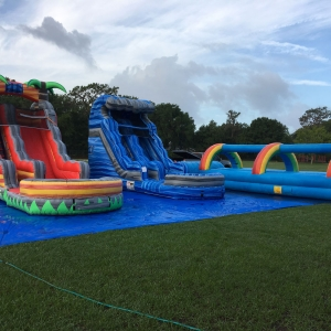 happy-kids-inflatables-15