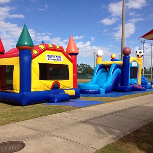 happy-kids-inflatables-4
