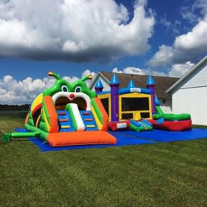 happy-kids-inflatables-21